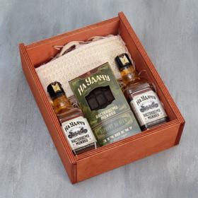 """Подарочный набор """"Настоящий мужик"""" гель для душа, шампунь виски, мыло, мочалка"""