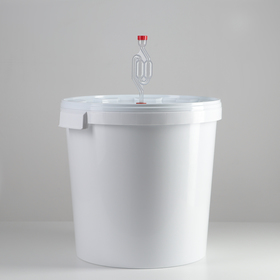 Бражный комплект, 30 л (бак+гидрозатвор+термометр клеящийся)
