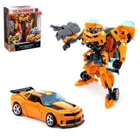 Робот-трансформер «Автобот», с оружием, цвет оранжевый