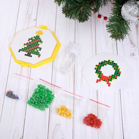 "Acumatica ""Christmas Tree and wreath"", 200 items in the PACKAGE"