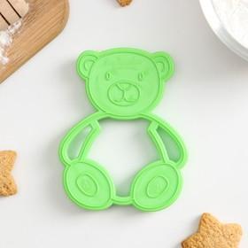 Форма для печенья и пряников Леденцовая фабрика «Мишка», цвет зелёный