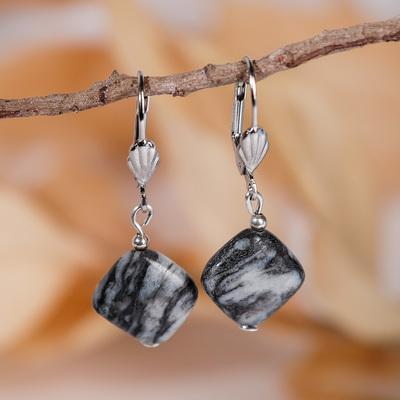 "Earrings ""agate"" gray"" diamond"