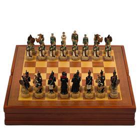 """Шахматы сувенирные """"Отечественная война"""" (доска 36х36х6 см, h=8 см, h=6 см)"""