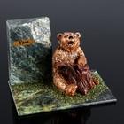 """Сувенир """"Медведь с бревном"""", 10х15х10 см, змеевик, гипс"""
