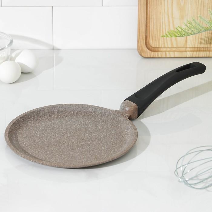Сковорода блинная «Алтай», d=22 см, пластиковая ручка, антипригарное покрытие