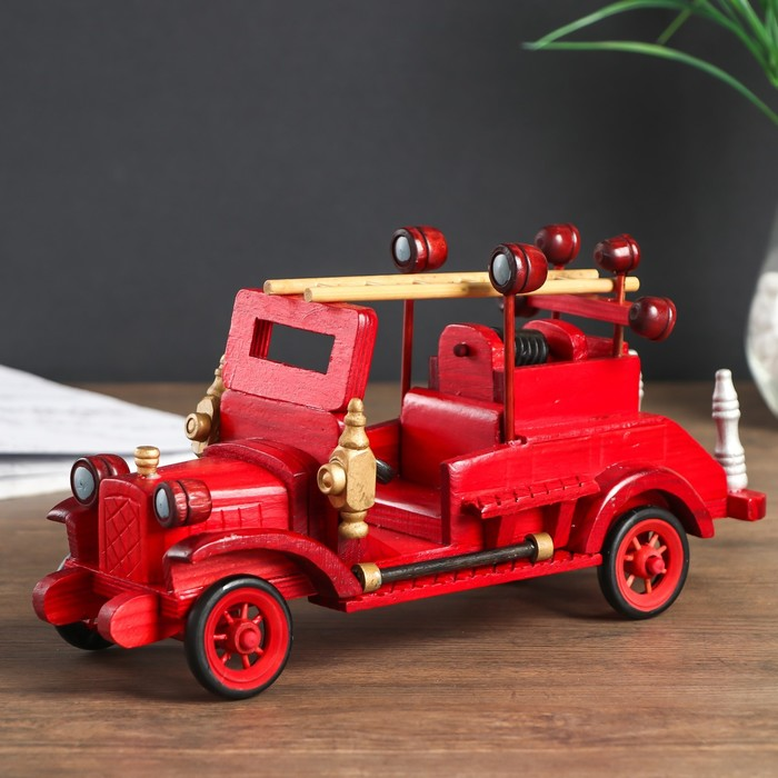 "Сувенир дерево ""Ретро. Автомобиль - пожарная машина"" 11,5х16х29 см"