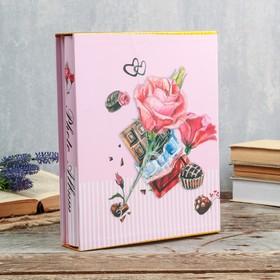 """Фотоальбом на 200 фото 13х18 см """"Розы и шоколад"""" в коробке, блёстки МИКС 29,5х23,5х5,5 см"""