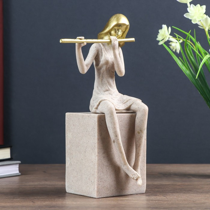 """Сувенир полистоун """"Девушка играет на флейте"""" песочный 25х7х11 см"""