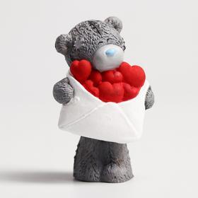 """Сувенир полистоун """"Медвежонок Me to you с конвертом сердец"""" 6,5х7 см"""