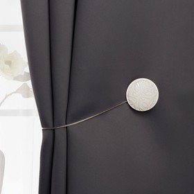 Подхват для штор «Круг», d = 4 см, цвет бежевый/белый