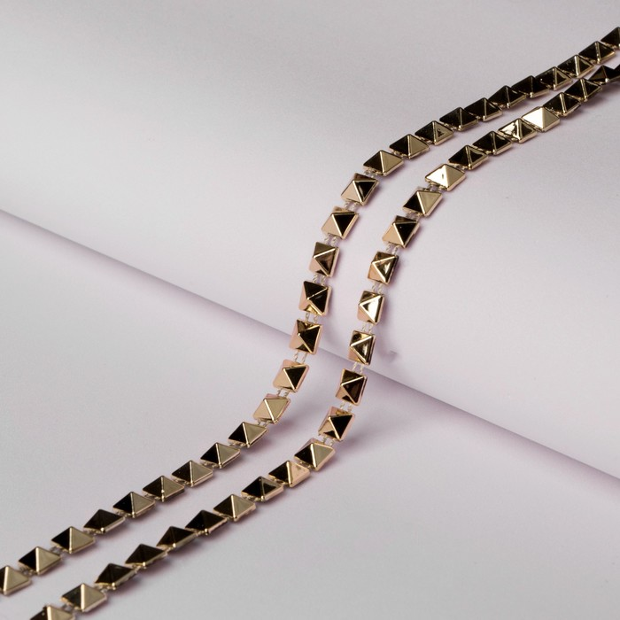Тесьма металлизированная «Квадрат», 5 × 5 мм, 4,5 ± 0,5 м, цвет золотой - фото 687377