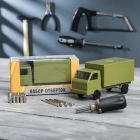 """Набор инструментов в грузовике """"Мастер на все руки"""", подарочная упаковка, 15 предметов"""