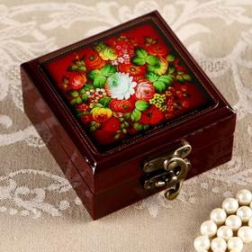 Шкатулка «Цветы на красном фоне», 8х8 см