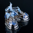 "Сувенир с кристаллами Swarovski ""Детские ботиночки"" хром 7,7х6 см - фото 487789"