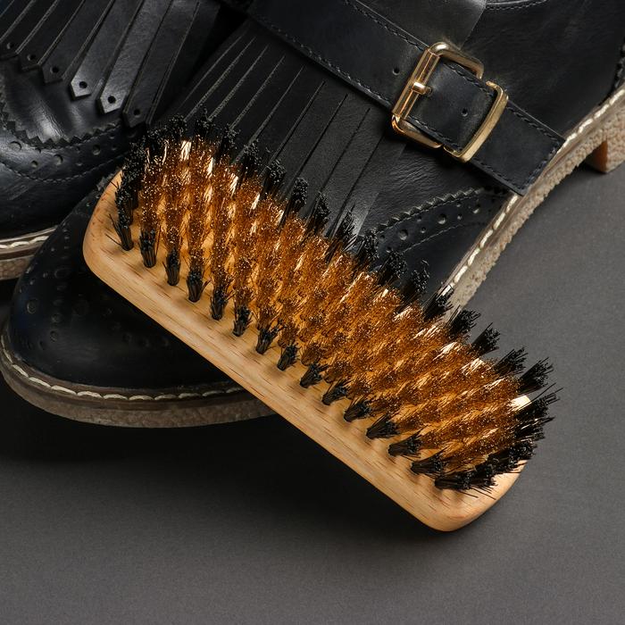 Щётка для обуви из нубука, 13,5×4,4 см, 114 пучков - фото 798472223