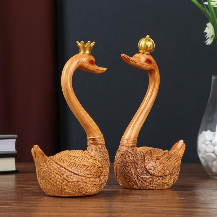 Картинки лебедь в короне