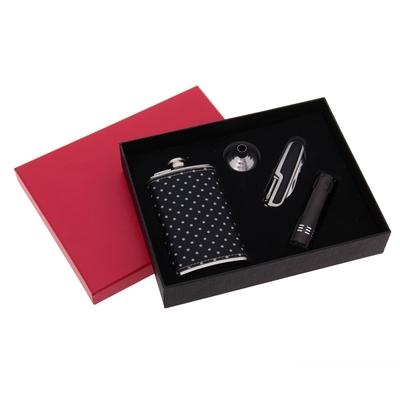 Подарочный набор 4 в 1: фляжка 180 мл, воронка, нож, фонарик 9 диодов, чёрный, 21х16 см