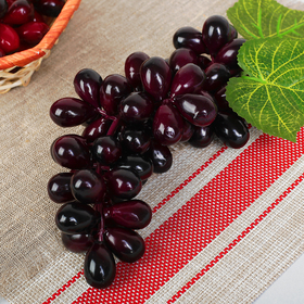 Artificial grapes, 60 berries, oval