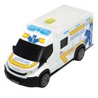 Машинка скорой помощи Iveco Daily с носилками, 18 см, световые и звуковые эффекты