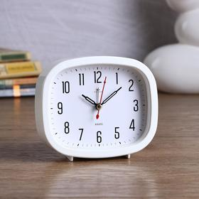 "Alarm Clock ""Classics"", 12.5x10.5x3.8 cm, white, selectable course"