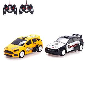 "A set of machines radio-controlled ""Road battle"", 2 pieces, battery life MIX"