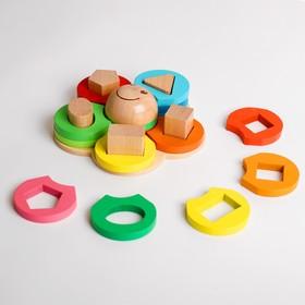 Деревянная игрушка «Пирамидка для изучения счёта и развития моторики рук» 16,8×17,1×6 см