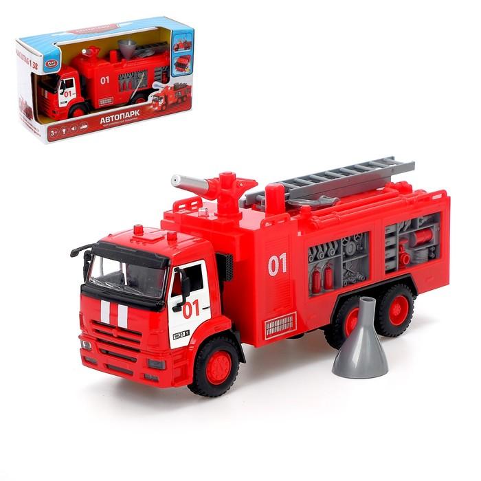 Грузовик металлический «Пожарная служба», 1:38, инерция, световые и звуковые эффекты, стреляет водой