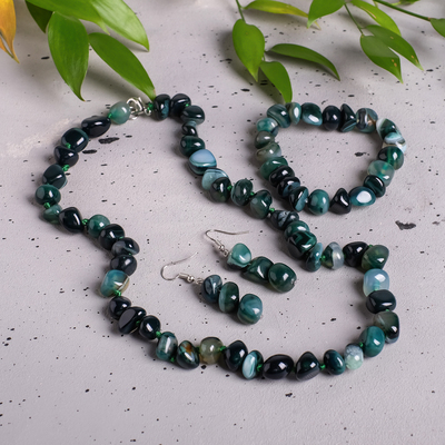 """The set of 3 items: earrings, necklace, bracelet """"agate green"""", tumbling"""