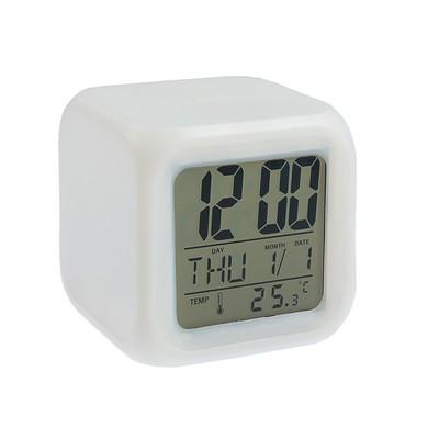 Часы-будильник LuazON LB-03, дата, температура, пластиковый корпус, белые