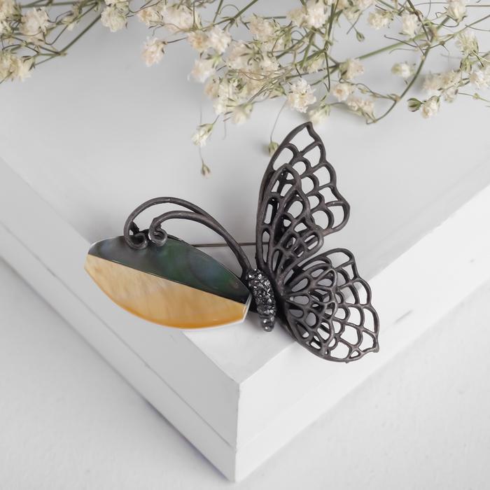 """Брошь """"Перламутр"""" бабочка, цвет серо-коричневый в чернёном серебре"""