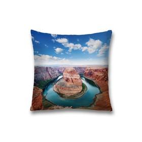 Наволочка декоративная «Горный пейзаж», размер 45 х 45 см, вшитая молния