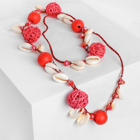 Beads Sea shells with straw spheres, 80cm, red color