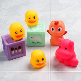 "A set of bath toys ""Kids blocks"", with Squeaker, 7-piece"
