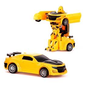 Робот-трансформер «Автобот», инерционный, цвет жёлтый