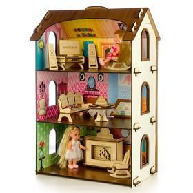 Деревянный домик с цветными обоями «Лоли»