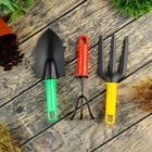Набор садового инструмента, 3 предмета: совок, рыхлитель, вилка, длина 22 см, цветные пластиковые ручки