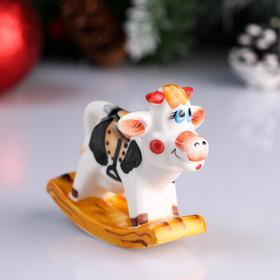 """Сувенир фарфоровый """"Корова с седлом"""", 7 см"""