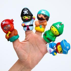 Развивающая пальчиковая игрушка «Пираты», 5 шт