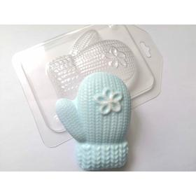 """Plastic form """"Knitted mitten with a flower right"""" 6,5x8,5 cm"""