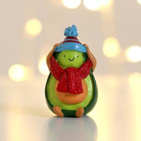 Фигурка «Авокадо в шапочке»