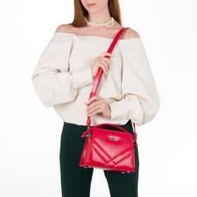 Сумка женская, отдел на молнии, наружный карман, длинный ремень, цвет красный - фото 53067