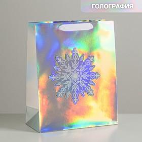 Пакет голографический вертикальный «Снежинка», 26 × 32 × 12 см