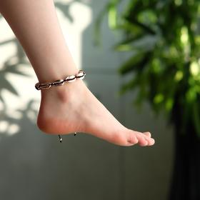 "Anklet ""Shell"" gloss, color rose gold on a black thread"