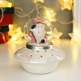"Сувенир керамика свет ""Дед Мороз в розовом наряде на космическом корабле"" 12х11х11 см"