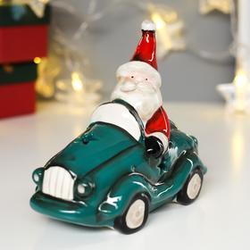 """Сувенир керамика свет """"Дед Мороз в красном наряде на зелёной машине"""" 13,5х8х14 см"""