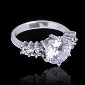"""Кольцо """"Бала"""" размер 16, цвет белый в серебре"""