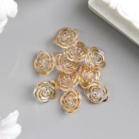 A decorative button rose-gold 13 mm