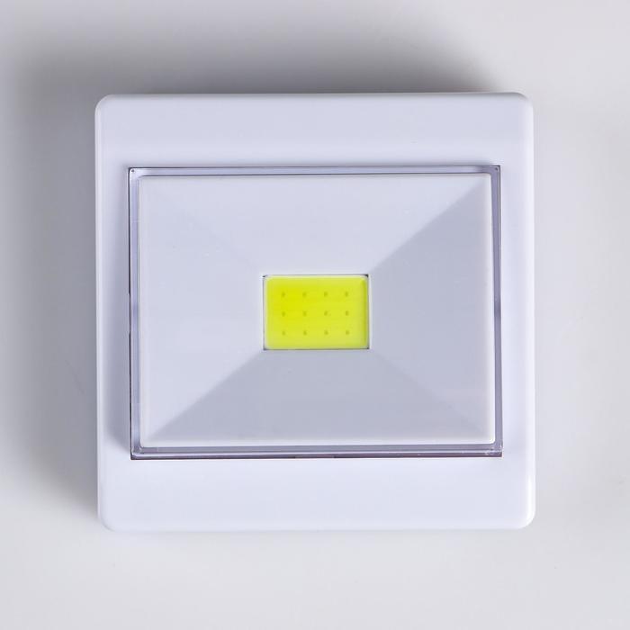 Фонарь-светильник, 3х3ААА, COB-диод, гвоздь, магнит, клейкая основа 8.6х3 см - фото 7644665