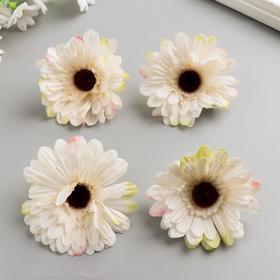 A set of decorative flowers 7,5 cm, 4 pieces, white