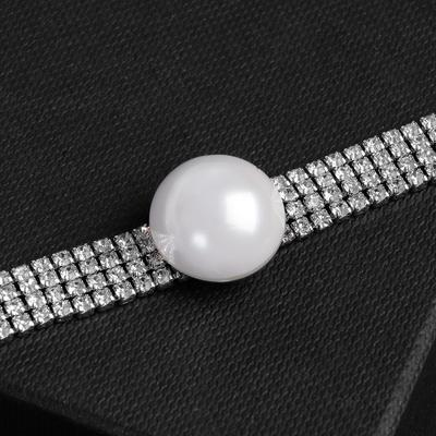 Symphony pearl choker necklace, white in silver, 30 cm